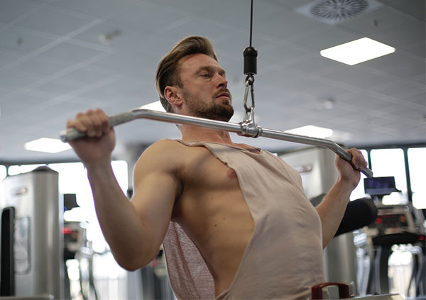 lat-pull-down-for-back-workout-routine